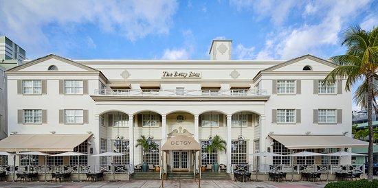 The Betsy Wedding Venue Review – South Beach Miami FL
