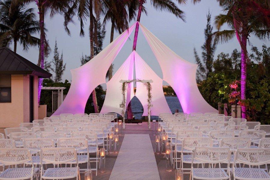 blue lagoon hilton miami wedding